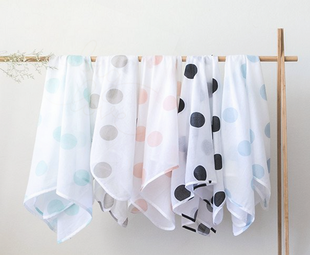 Organic cotton spotted muslins