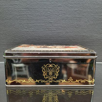 Ancienne boite à biscuits - C434