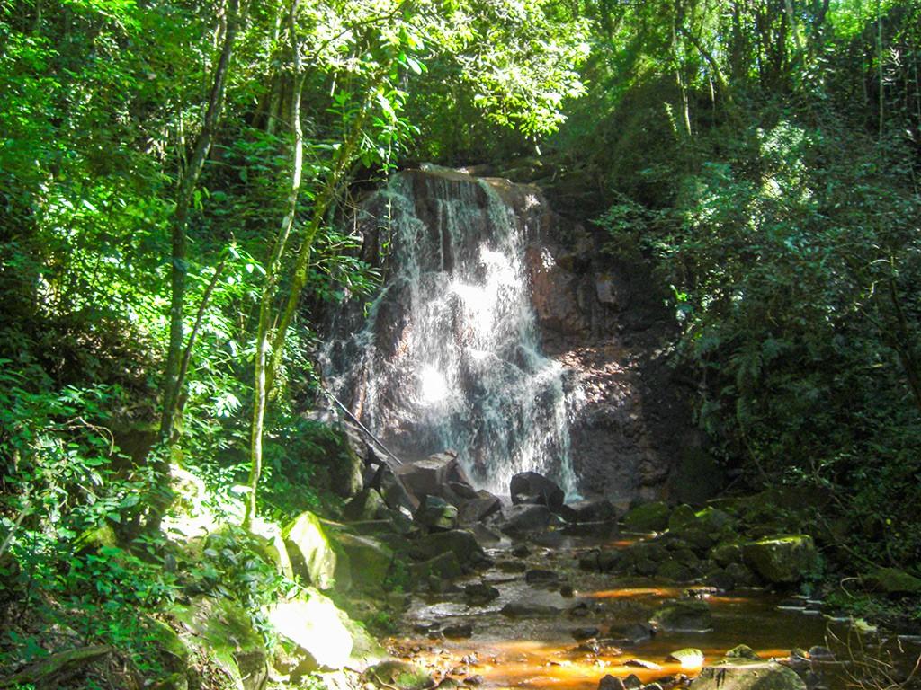 cachoeira-do-bambu-fazenda-hotel-vale-verde-2-1024x768