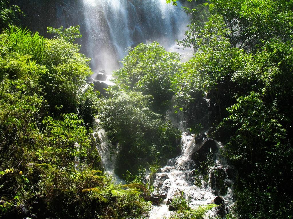 cachoeira-dos-macacos-fazenda-hotel-vale-verde-5-1024x768