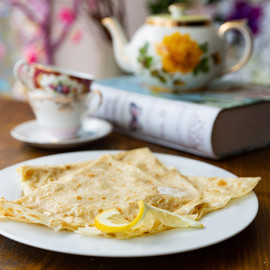 lemon and sugar crepes