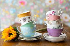 vintage tea cups for afternoon tea