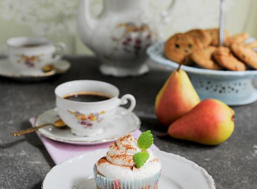 Honungsmuffins med karamelliserade päron