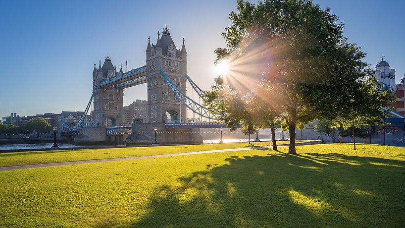 英国初创签证续签入籍条件.jpg