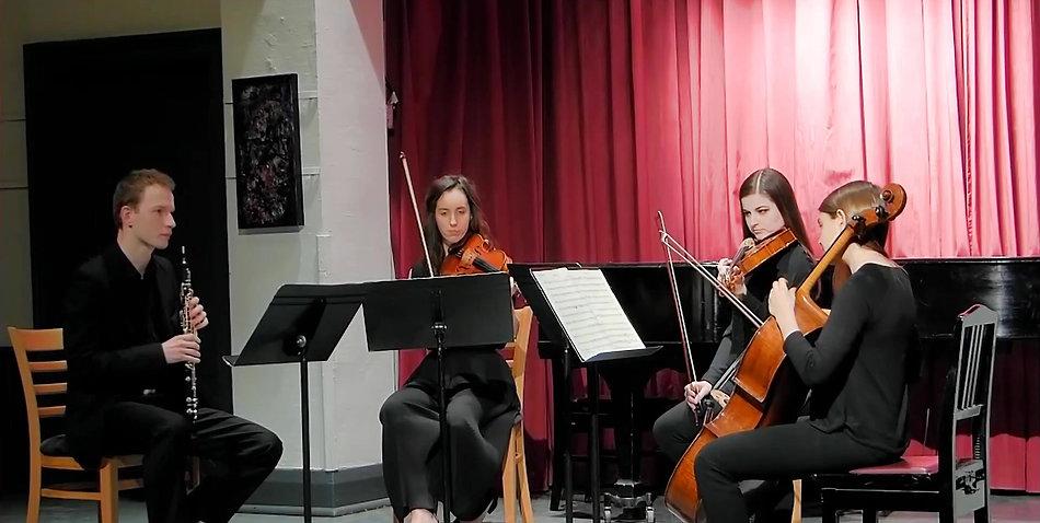 W. A. Mozart - Oboe Quartet