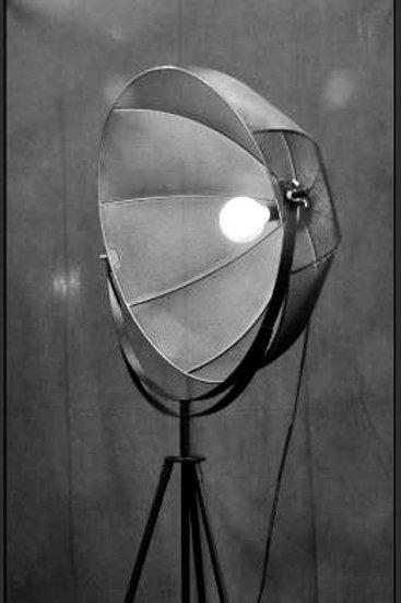 LAMPARA DE PISO REFLECTOR GRANDE
