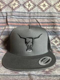 Black Hat, Black or White West River Bull