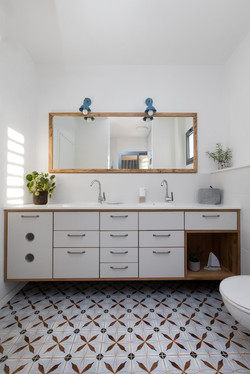 חדרי רחצה ושירותים