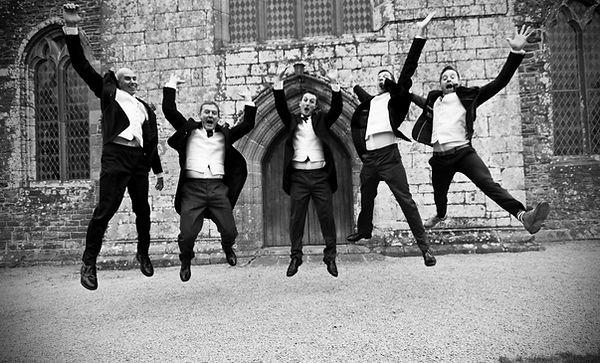 suirstrings weddng music happy party groomsmen