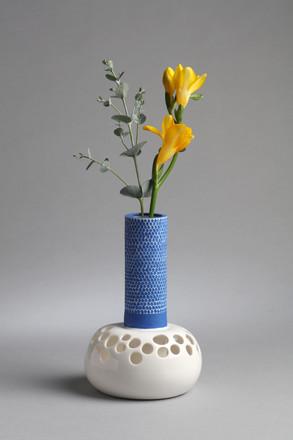 <Vase>