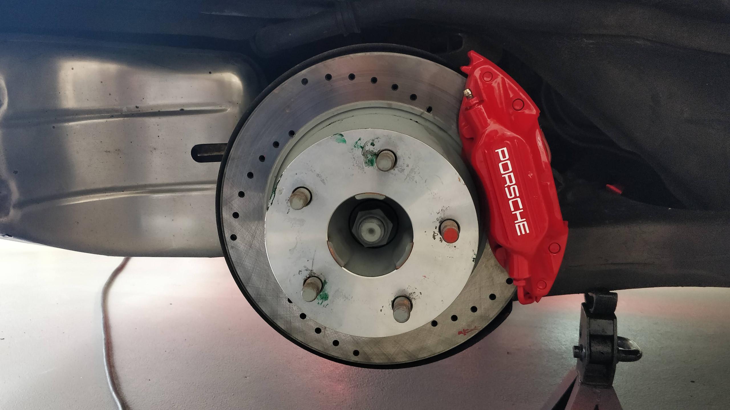 Porsche brake calliper -6