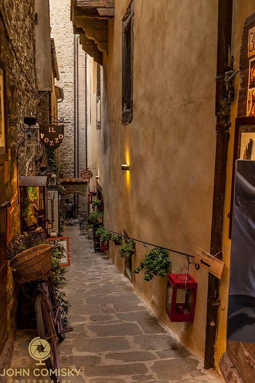 Tuscany - Cortona Alley