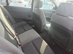 HOLDEN VE COMMODORE (3)
