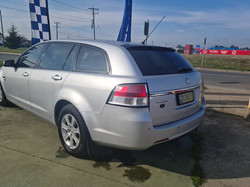 HOLDEN VE COMMODORE (4)