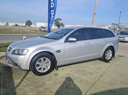 HOLDEN VE COMMODORE (1)