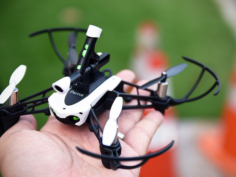 parrot, mambo, mini drones, drones, drone, uas, uav, suas, recreational drone, toy drones, parrot drones, anafi, parrot anafi