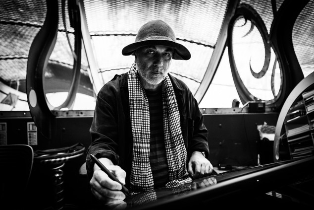 Ron Arad - Contemporary Designer.jpg