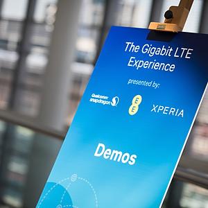 The Gigabit LTE Experience