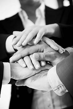 Az Ön termékének, szolgáltatásának elemzését követően kerülnek kiválasztásra azok a partnerek, akik érdemben segíthetnek üzleti céljainak elérésében.