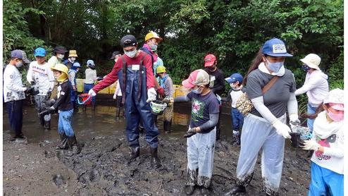 【足立区】うき島池のかい掘り体験