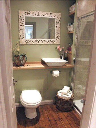 Bathroom-photo.jpg