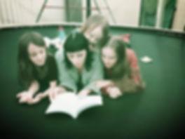 Nanci Nott reading to kids