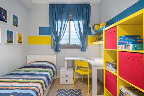 החדר של יואב 2.jpg