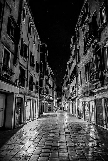 Venice - Window Shopping