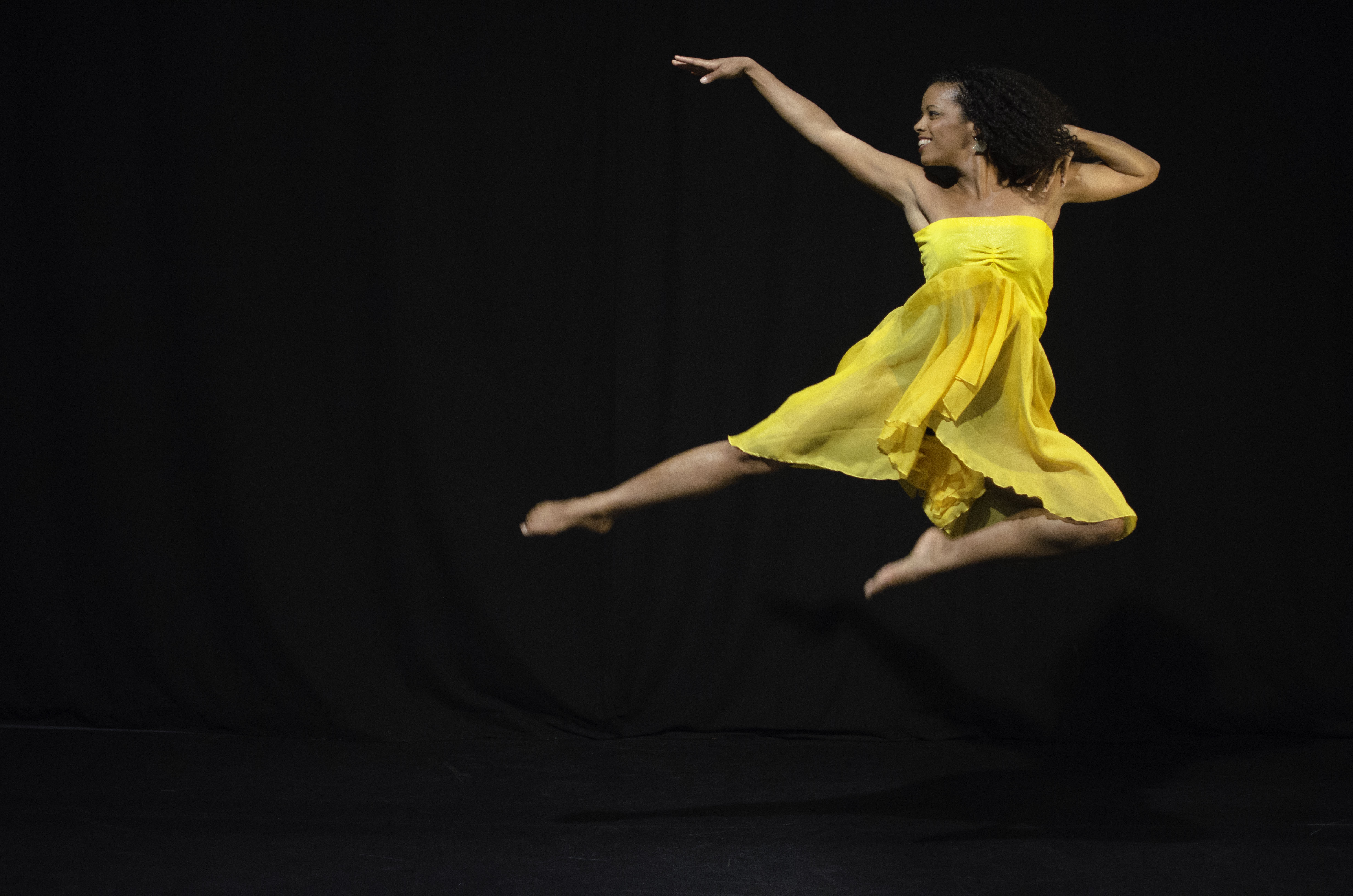 Cendrine-Joy-Jump.jpg