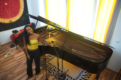 The Sound of this Grand Piano ;)