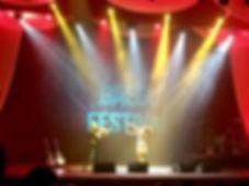 SundRi Feeling trio live on stage