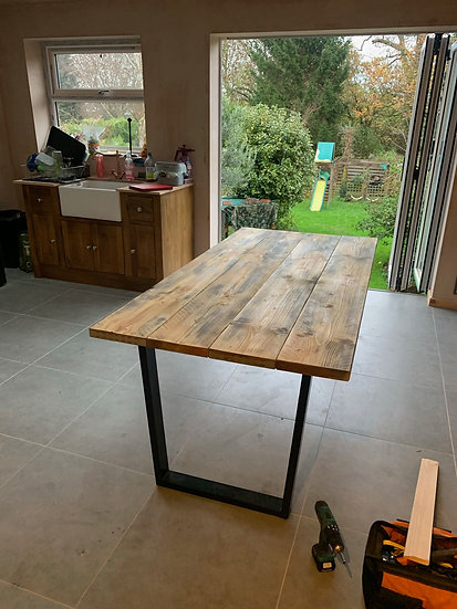Reclaimed Effect Wooden Dining Table with Stylish Metal Legs
