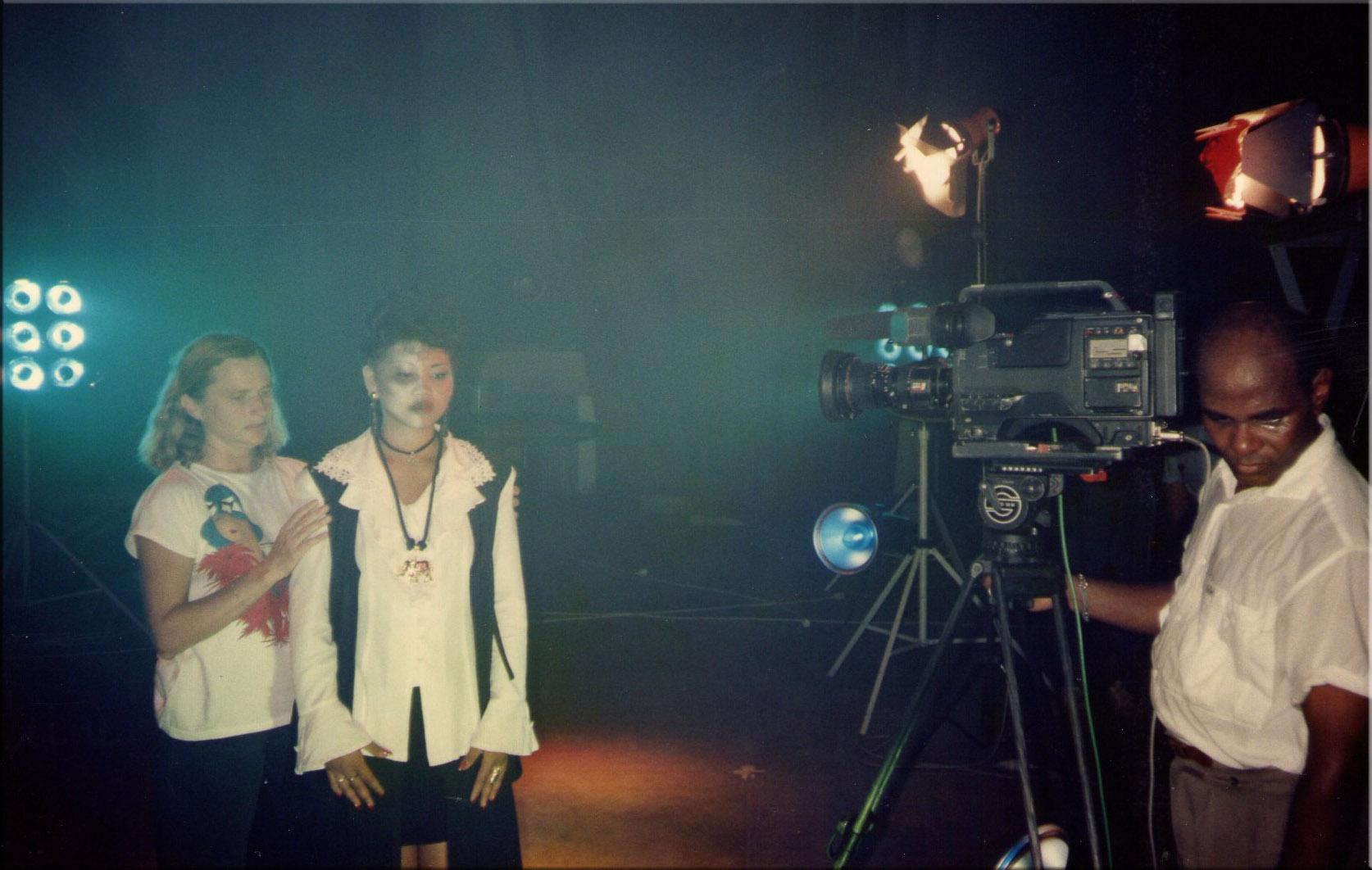 En tournage du clip S.O.S 1996