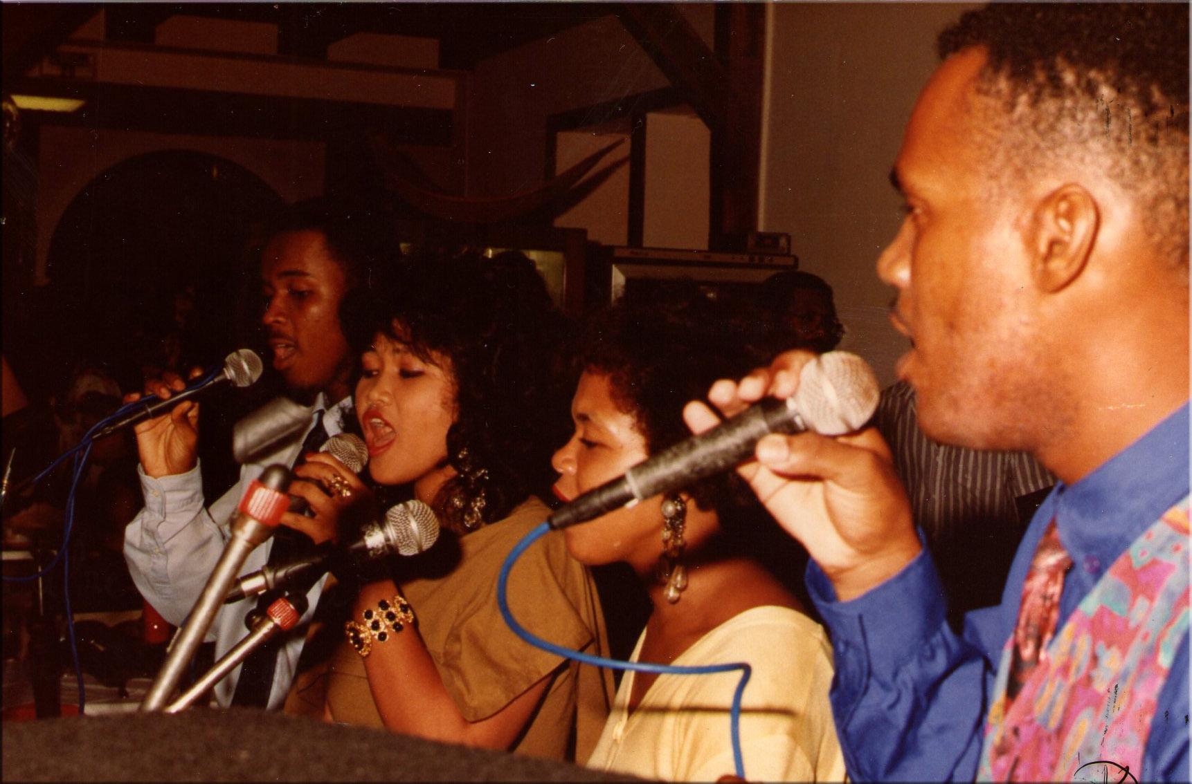 au bar des Palmistes 1996c