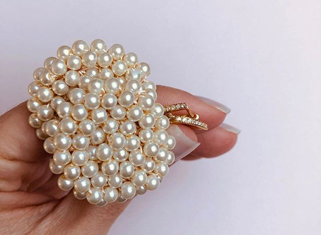 4 Ways to Style Festive Jewellery