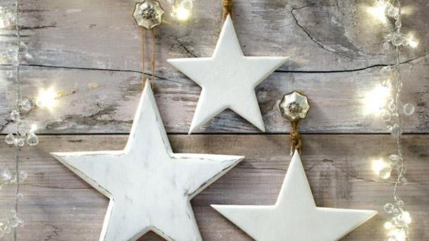 Set of 3 - Chunky Wooden White Stars - Vintage/Rustic Style