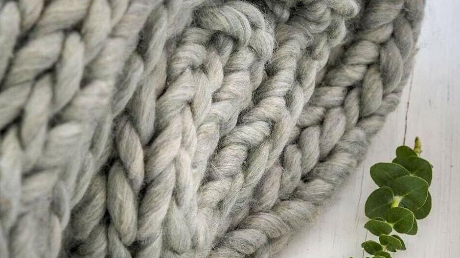 Grey Chunky Knitted Throw - 150cm x 125cm