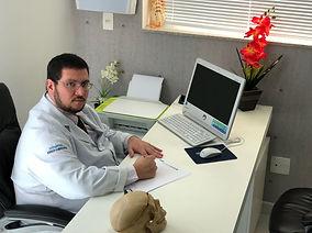 5a80f8611b6 Dr. Renato Chaves - Neurocirurgia em São Paulo