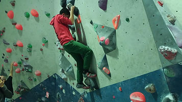 Bouldering 2.jpg