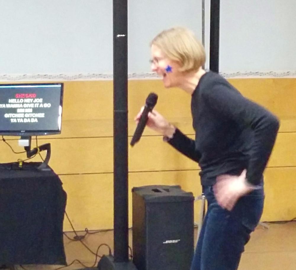 Beth sing Lady Marmalade