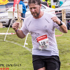 2017 Bute Higland Games 10k finisher Robert Birt in a PB of 43 minutes, 39 seconds