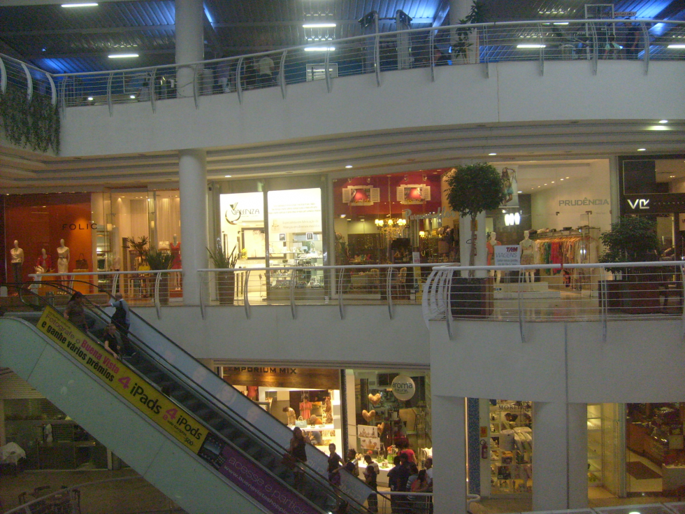 Buena Vista Shopping (1)