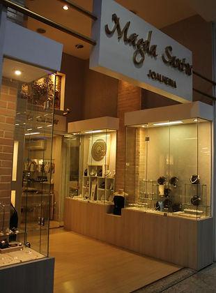Magda Santos Buena Vista Shopping.jpg