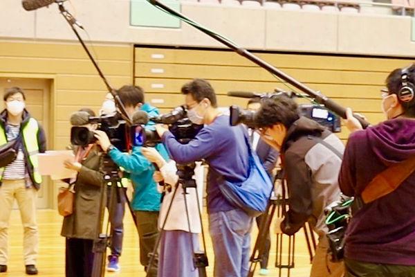 18_メディア集合-min.jpg