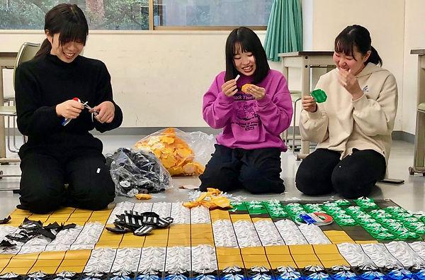 06_郡山女子大台紙貼り-min.jpg