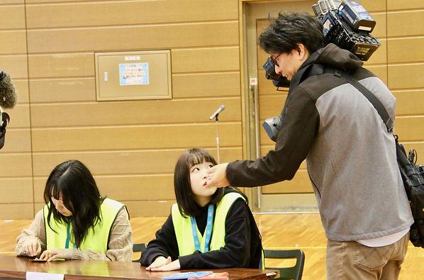 10_テレビ局取材-min.jpg