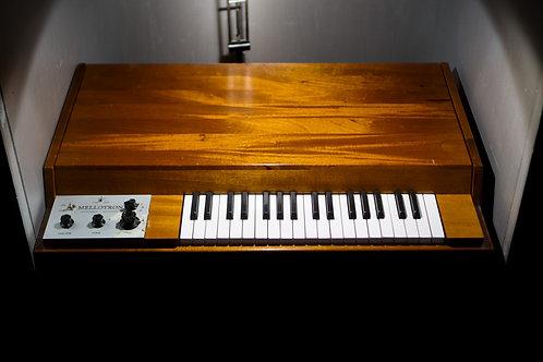 The Mellotron Sample Pack - Wavs & Logic.