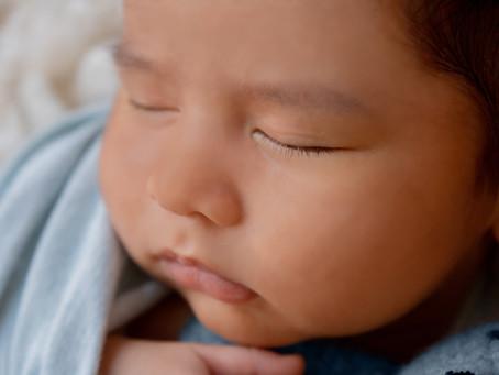 Geposeerde newbornfotoshoot - welkomsgids