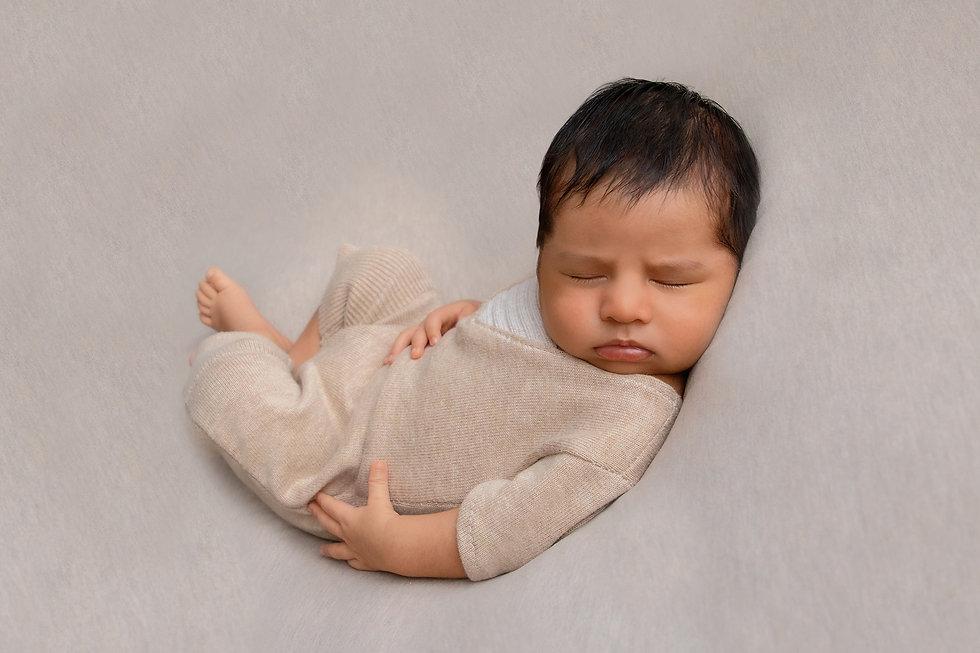 pasgeboren baby jongen