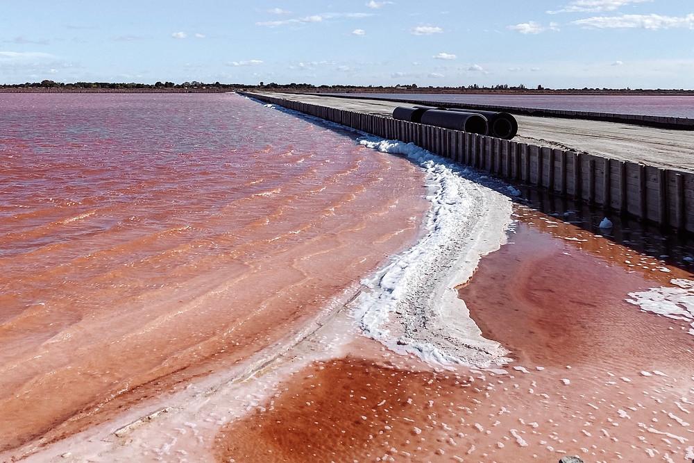 Pink lake france